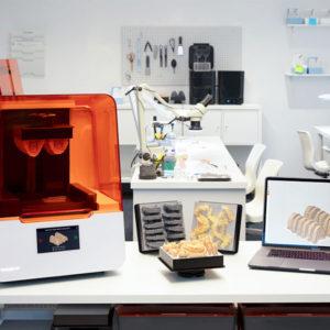 卓上小型3Dプリンター Form3 フォーム3